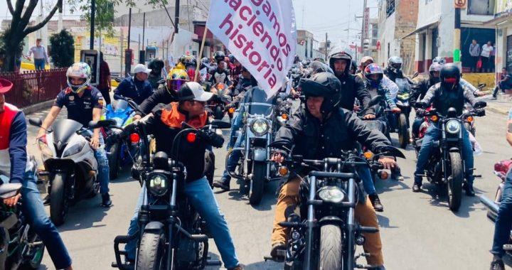 CIENTOS DE MOTOCICLISTAS REALIZAN RODADA EN APOYO AL CANDIDATO DE MORENA, ARMANDO NAVARRETE LÓPEZ