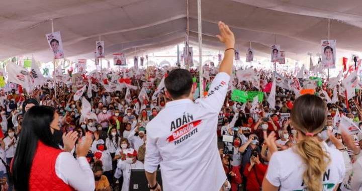 Con mucho éxito Adán Barrón cerró campaña por la alcaldía municipal de Tultitlán.